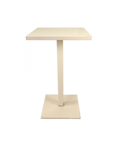 TOTAW04_Table mange debout