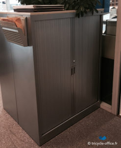 Demi armoire anthracite_Occasion_Tricycle Office1