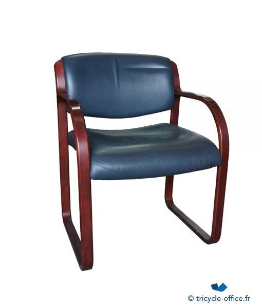 Fauteuil cuir et bois bleu_Tricycle Office1