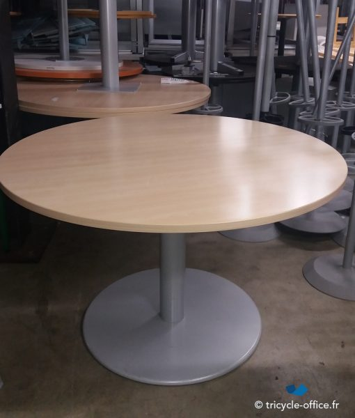 TOTAB28 Table ronde Steelcase_Tricycle Office