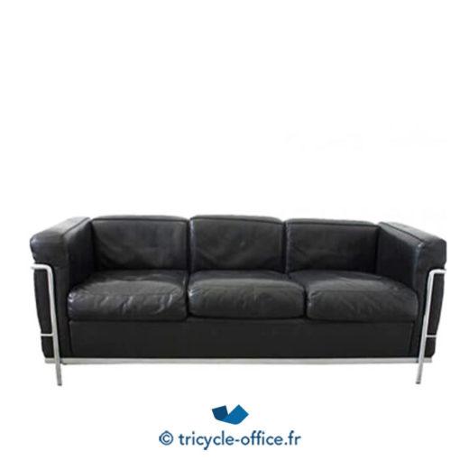ricycle-office-mobilier-bureau-occasion-canape-le-corbusier-cuir-noir.jpg
