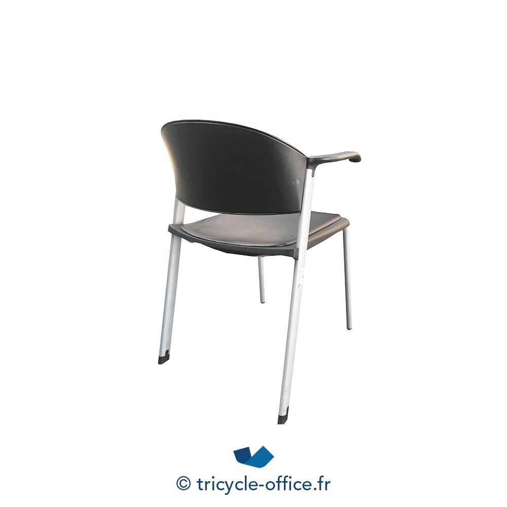 Chaise visiteur noire avec accoudoirs occasion for Chaise occasion