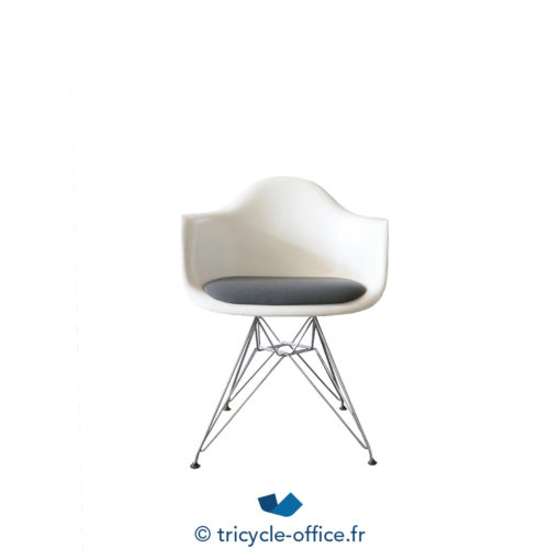 Tricycle Office Mobilier Bureau Occasion Chaise Coque Dsr Eames Vitra 1