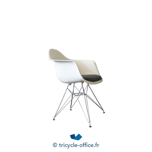 Tricycle Office Mobilier Bureau Occasion Chaise Coque Dsr Eames Vitra 2
